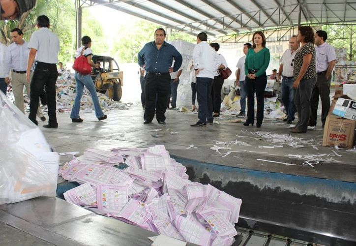 Con la destrucción de 25 toneladas de material, el Iepac da cumplimiento a la Ley de Instituciones y Procedimientos Electorales y al acuerdo C.G.094/2015 del Consejo General del Iepac. (Foto cortesía del Gobierno de Yucatán)