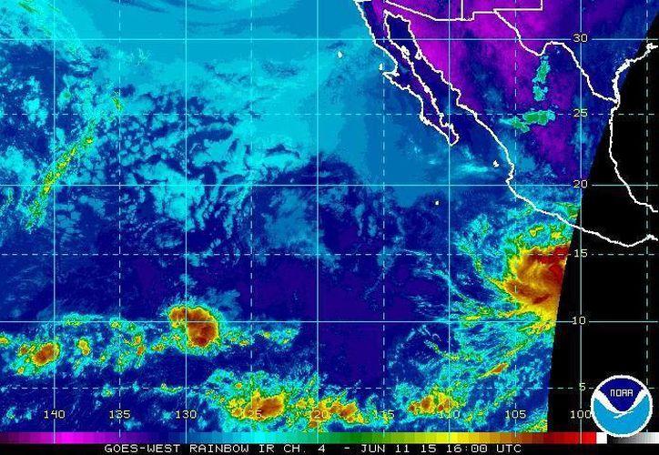La tormenta tropical Carlos, formada este jueves a las 10:00 horas, avanza hacia el noroeste de México. (ssd.noaa.gov)