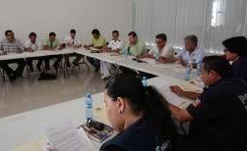 Las reuniones tiene como fin emprender acciones para mantener a la isla sin alguna incidencia en dengue y chikungunya. (Redacción/SIPSE)