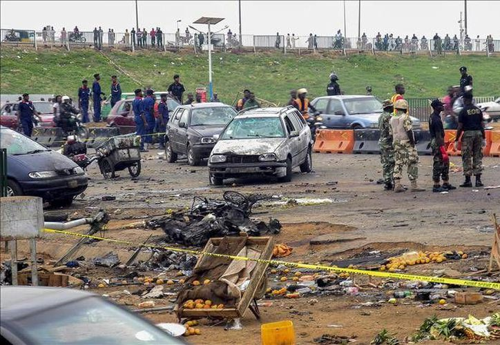 Al menos seis personas murieron en Camerún cuando dos adolescentes suicidas detonaron explosivos en la región del Extremo Norte del país africano.- (EFE)