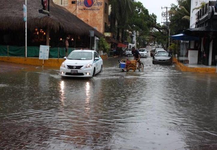 Se espera que la onda tropical no afecte vialidades, tal y como ha sucedido en otras ocasiones, como en esta imagen de archivo. (SIPSE)