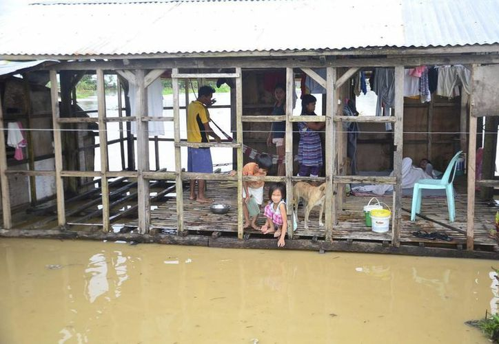 La mayor parte de las zonas afectadas sufrió hace un par de semanas la desvatación del tifón Hagupit. (EFE)