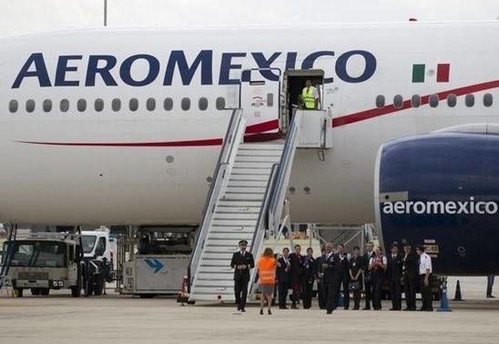 Señalan que los retrasos de la aerolínea y el mal trato a sus pasajeros no representa los valores de los mexicanos. (Archivo/SIPSE)