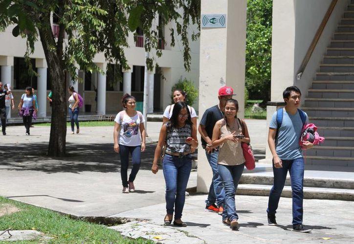 El Programa de Inducción Universitaria, de la  División de Ciencias de la Salud inició con 79 alumnos de medicina. (Carlos Huerta/SIPSE)