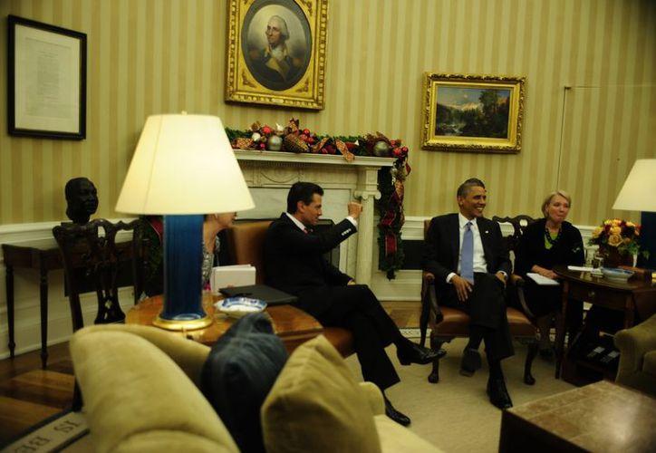 Peña Nieto ofreció igualmente a Obama replantear la integración económica con Estados Unidos. (Notimex)