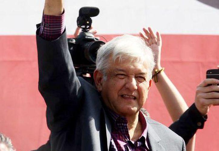Andrés Manuel López Obrador, evoluciona favorablemente, según un informe de Médica Sur. (Notimex)