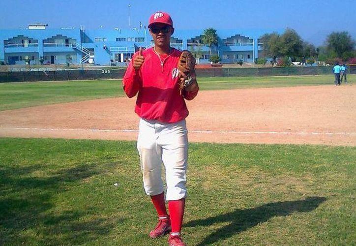 Se espera la destacada llegada de Raymundo Torres Jr. a la novena de los Tiburones de Progreso. (Tomada del Facebook de  Ray Torres Jr.)