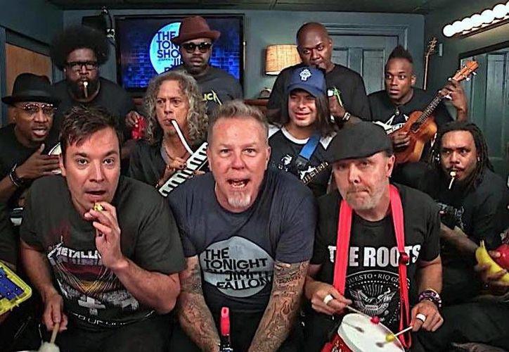 La banda Metallica tocó su tema 'Enter Sandman' con instrumentos de juguetes en el programa de Jimmy Fallon. (YouTube)