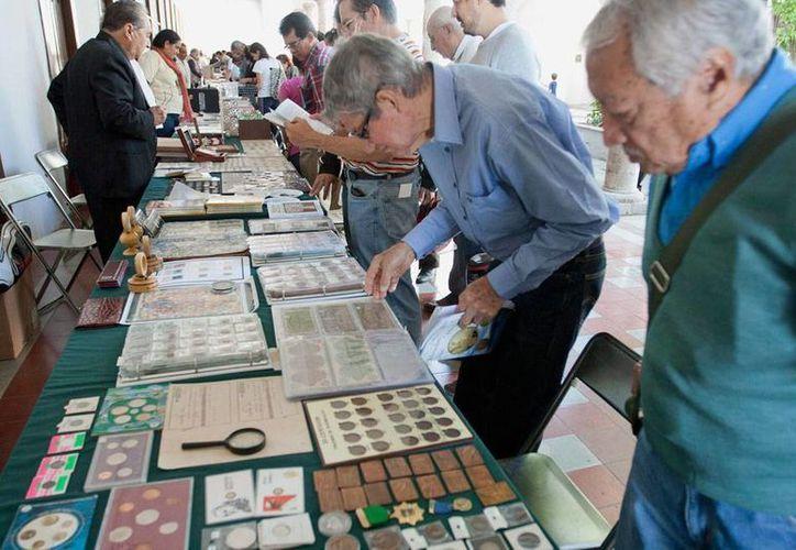 La Convención Numismática y Filatélica Peninsular se realiza desde este sábado 21 de febrero, en Mérida. (Notimex)