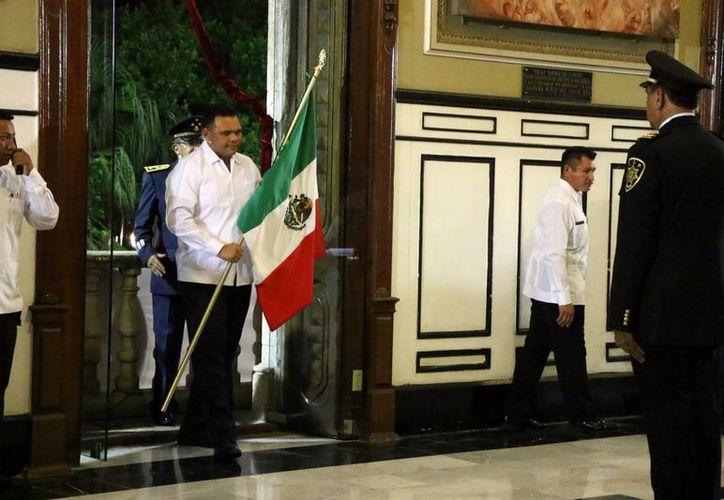 El gobernador Rolando Zapata izará este viernes la Bandera Nacional en Palacio de Gobierno y atestiguará el Desfile Cívico-Militar, dentro de las Fiestas Patrias. (SIPSE)