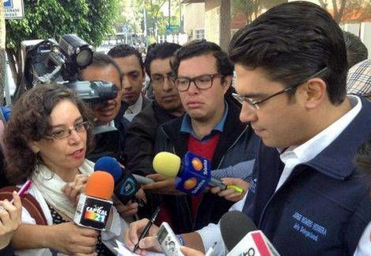 El delegado de Benito Juárez, Jorge Romero (d), aseguró que no ha tenido contacto con los detenidos ni con las autoridades brasileñas. (Milenio)