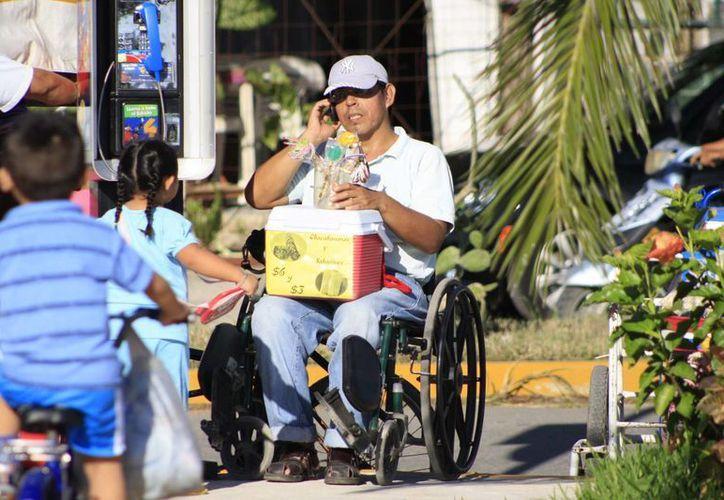 Hacen valer los derechos de las personas con capacidades diferentes. (Redacción/SIPSE)