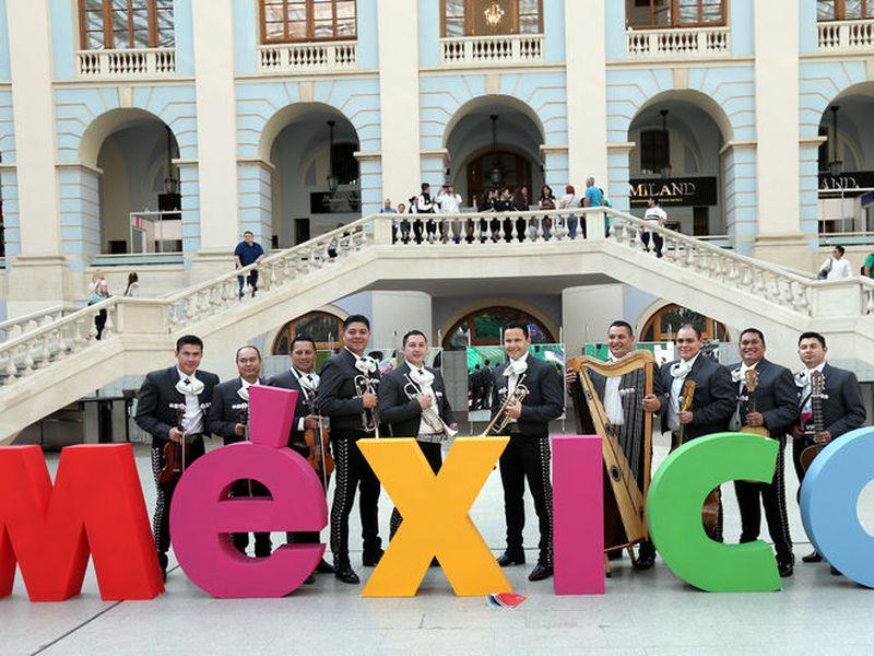 Detienen a tres mexicanos por robo en Rusia, sede del Mundial. (Foto de contexto: Notimex)