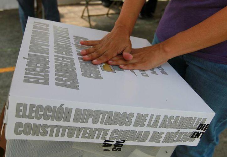 Este domingo se realizan elecciones en 14 entidades, en 12 de ellas para gobernadores y autoridades locales. (Notimex)