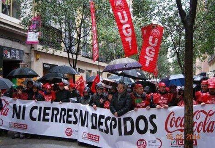 La manifestación de Madrid reunió a miles de personas y recorrió la calle Fuencarral desde la glorieta de Bilbao hasta la Gran Vía. (twitter.com/Defiendemadrid)
