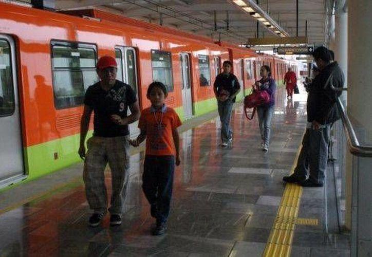 A partir de este sábado inician los trabajos de remodelación en las estaciones Insurgentes, Moctezuma y Boulevard Puerto Aéreo de la Línea 1. Foto de contexto. (noticierostelevisa.esmas.com)