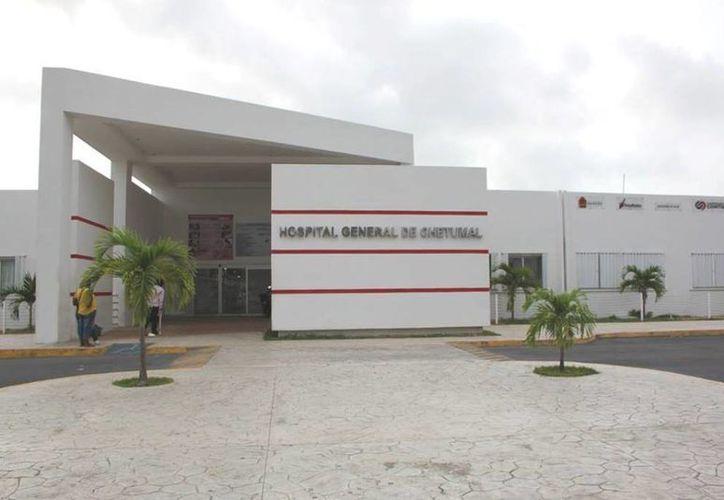 Médicos del Hospital General intentaron salvarle la vida a José Luis N, de 72 años. (Redacción/SIPSE)
