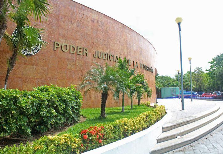 La funcionaria debió presentarse ante el Tribunal Superior de la Federación en Cancún. (Jesús Tijerina/SIPSE)