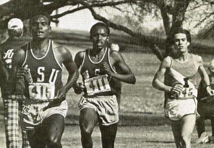 Con un crono de 27:30.5, Samson Kimombwa rompió el record mundial de 10 mil metros en 1977. (Agencias)