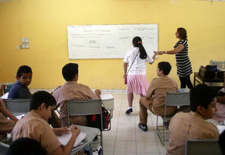 Reconocerán el trabajo de los docentes yucatecos. (Foto: Milenio Novedades)