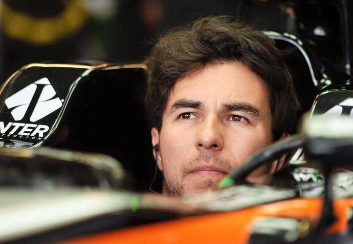 El piloto de Fórmula Uno, 'Checo' Pérez, aseguró que conseguirá meterse entre los primeros 10 en todas las carreras que restan de la temporada. (Facebook: Sergio Pérez)