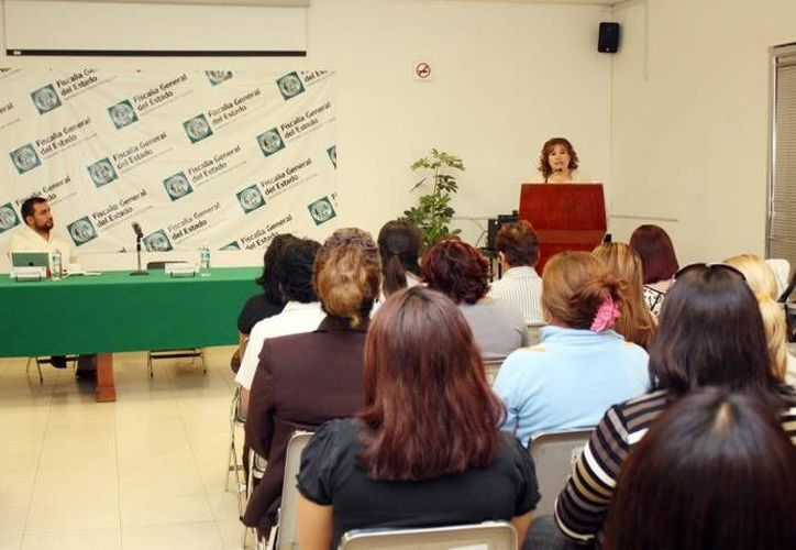 La fiscal Celia Rivas reiteró la importancia de la capacitación. (Cortesía)