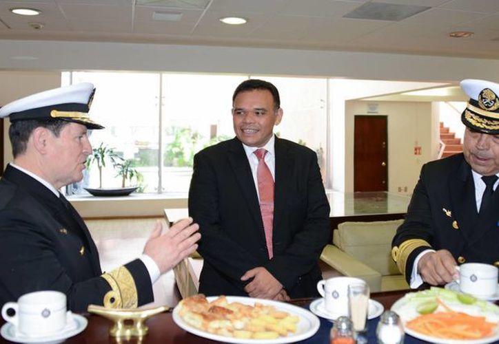 El gobernador Rolando Zapata Bello impartió el viernes una ponencia en el Centro de Estudios Superiores Navales de la Secretaría de Marina. (SIPSE)