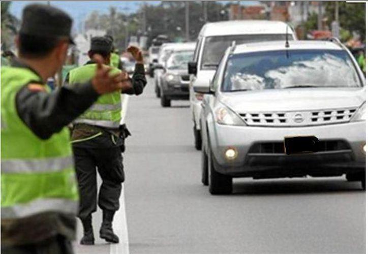 Un retén de la Policía identificó el cargamento. (Facebook oficial Policía de Colombia)