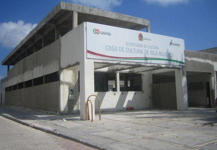 En los últimos cinco meses se invertirán 70 millones de pesos en la isla. (Lanrry Parra/SIPSE)