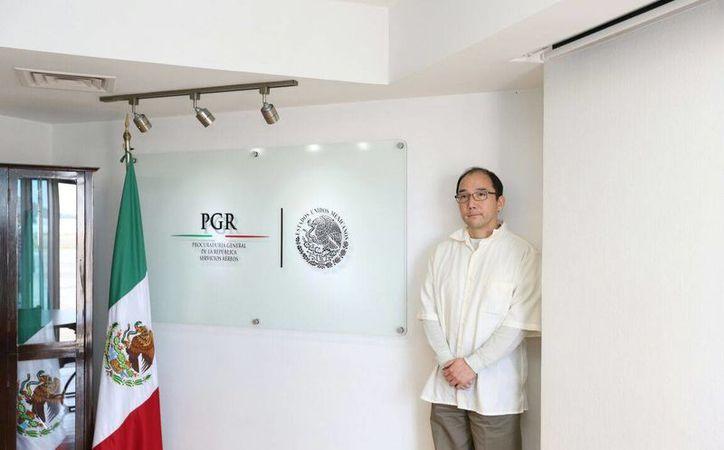 Zhenli Ye Gon fue entregado ayer por las autoridades de EU a México. (twitter.com/PGR_mx)