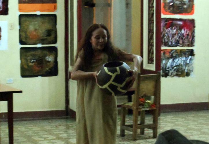 El espectáculo Tinaja, de la compañía de danza Odori Desu, tuvo éxito en Cuba dentro del Festival Internacional del Caribe. (SIPSE)