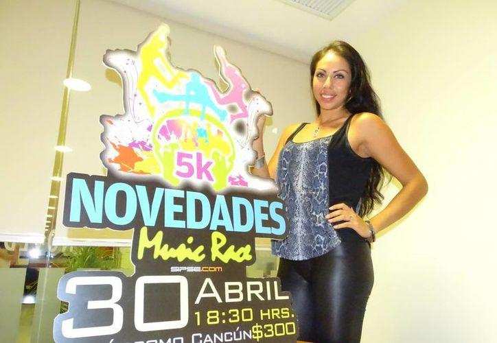 La deportista se declaró contenta por participar en la carrera. (Miguel Ángel Ortiz/SIPSE)