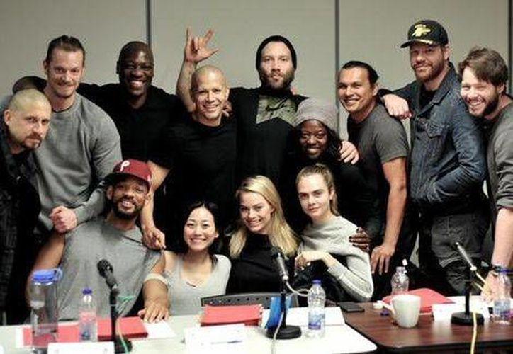 Cara Delevingne, Will Smith, Viola Davis, Margot Robbie, Joel Kinnaman, Jay Hernandez, y Jai Courtney actuarán en 'Suicide Squad'. (Twitter de David Ayer)