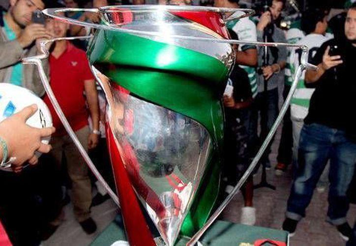 Esta es la Copa MX cuyo campeón es Tigres de la UANL, pero que ahora esperan ganar Jaguares, Chivas, Puebla, Monterrey o Correcaminos. (Milenio)