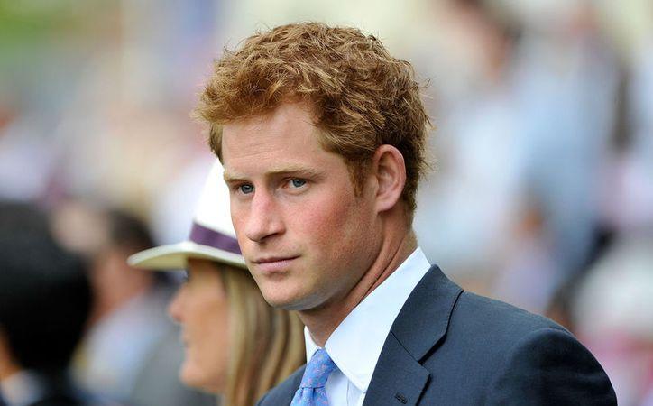 Los príncipes William y Henry entregaron un reconocimiento creado en honor a su madre la princesa Diana. (Contexto/Internet).