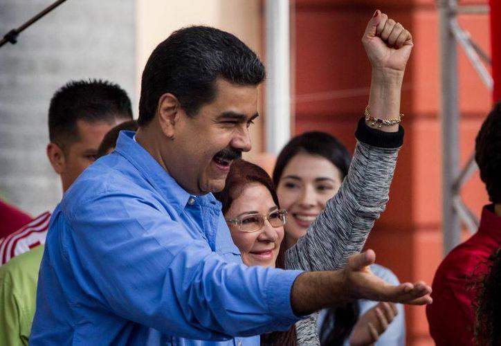 Nicolás Maduro asegura que gracias a al Revolución Bolivariana, Venezuela cuenta con 32 universidades nuevas. (EFE)
