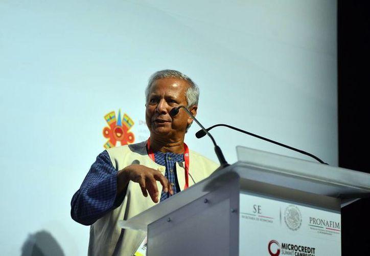 El Premio Nobel de la Paz, Muhammad Yunus, en el cierre de la 17ª Cumbre del Microcrédito. (SIPSE)