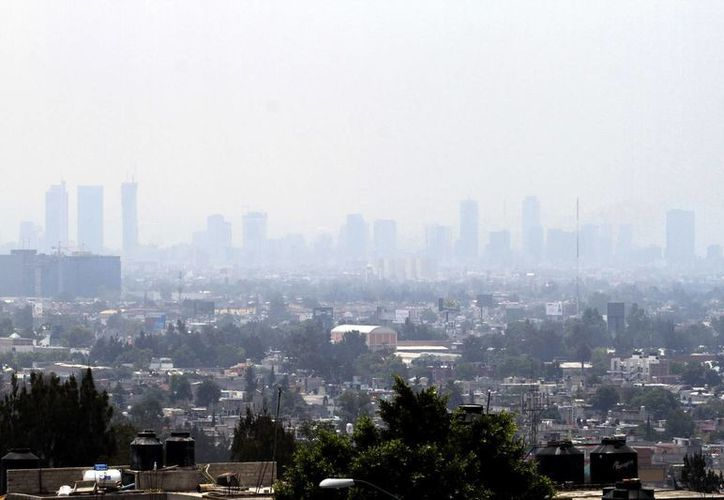 Este martes se decretó la segunda contingencia ambiental en el Valle de México en lo que va de 2016. (Notimex)