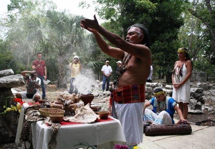 Se firmó un acuerdo para apoyar a Radio Xepet, 'la voz de los mayas', que opera en Peto y emplea a 10 personas que trabajan como operadores y locutores. (Foto de contexto de SIPSE)