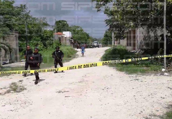 La Policía Municipal arribó al lugar de los hechos. (Orville Peralta/ SIPSE)
