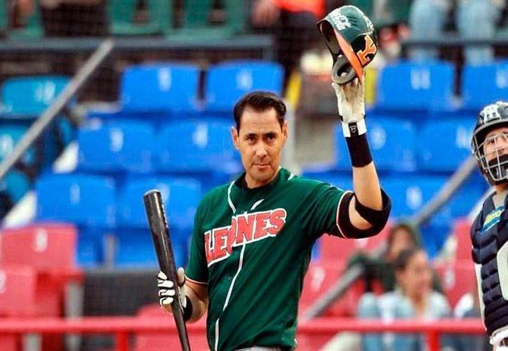 Luis Alfonso García, cañonero de Leones de Yucatán, y quien antes jugó para Sultantes de Monterrey, fue el artífice de la victoria en el primer partido de la serie contra su excompañeros, en Monterrey. (Milenio Novedades)