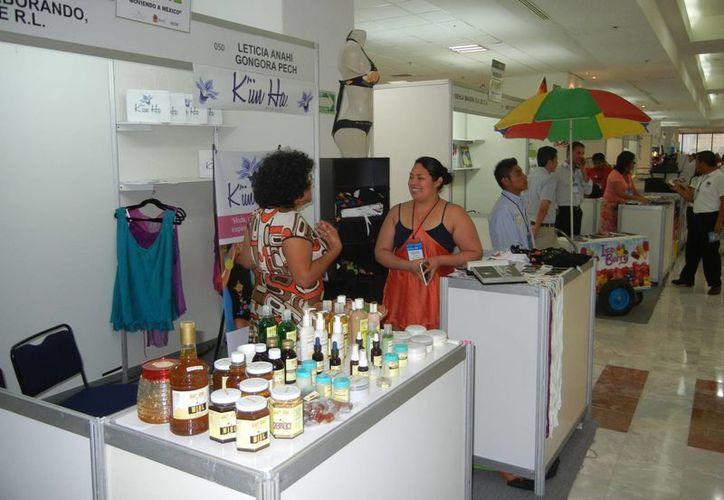 Hubo eventos que no se pudieron realizar en Cancún por la falta de espacio. (Israel Leal/SIPSE)