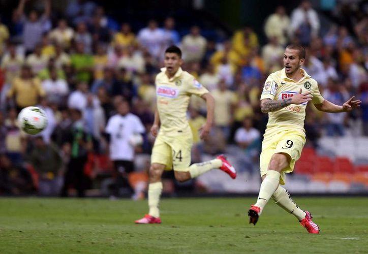 Remonta América y clasifica a la final de la Liga de Campeones de Concacaf, al golear 6-0 a Herediano, en la cancha del Azteca. (Notimex)