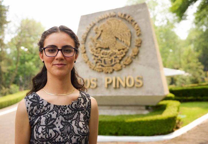 Olga Medrano de 17 años de edad fue bautizada por los cibernautas como Ladymatemáticas, luego de ganar el oro en la Olimpiada Europea. (gob.mx)