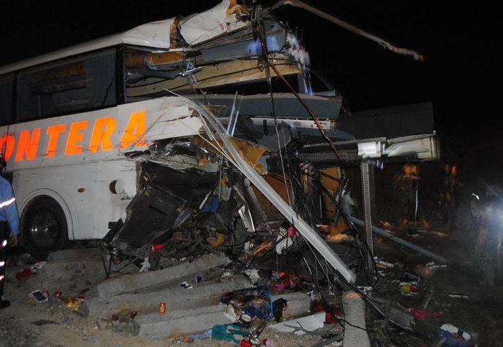 El choque que hasta ahora ha cobrado la vida de 21 personas ocurrió en un paso a nivel de la localidad de Anáhuac, en Tamaulipas, en una zona fronteriza con Nuevo León. (Foto de archivo de Notimex)