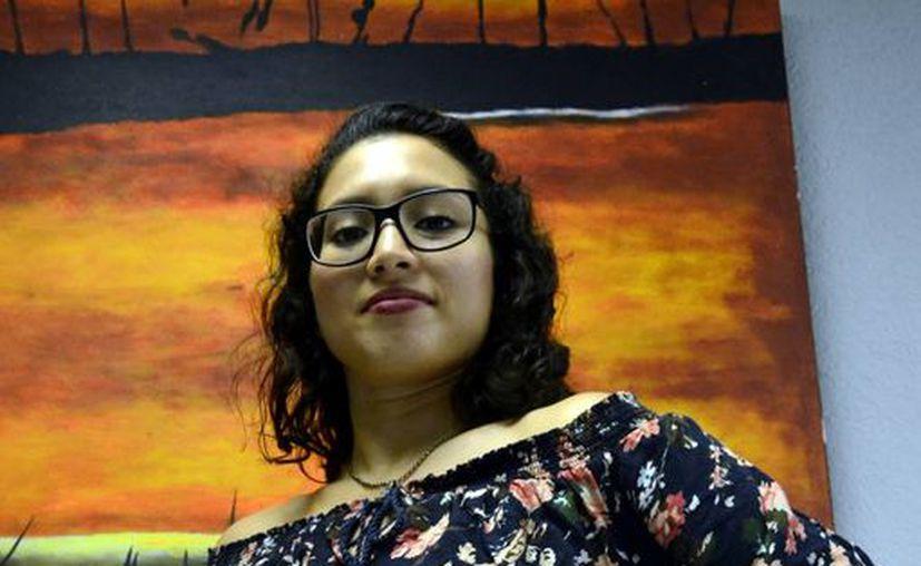 La corógrafa Yomara Llanes Guzmán invitó al público en general al espectáculo 'Voces y cuerpos y femeninos', en el teatro Fantasio. (Daniel Sandoval/Milenio Novedades)