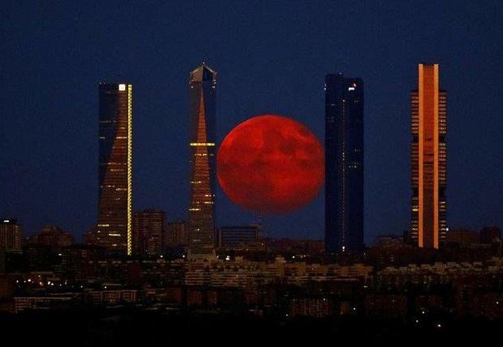 Será el próximo el 28 de septiembre cuando se podrá observar la superluna de sangre. (Archivo/AP)