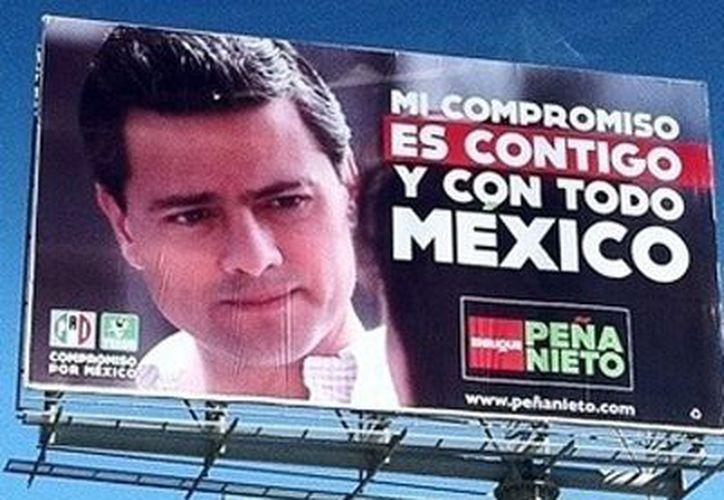 La multas es por las irregularidades en la propaganda de Enrique Peña Nieto. (correo-gto.com)