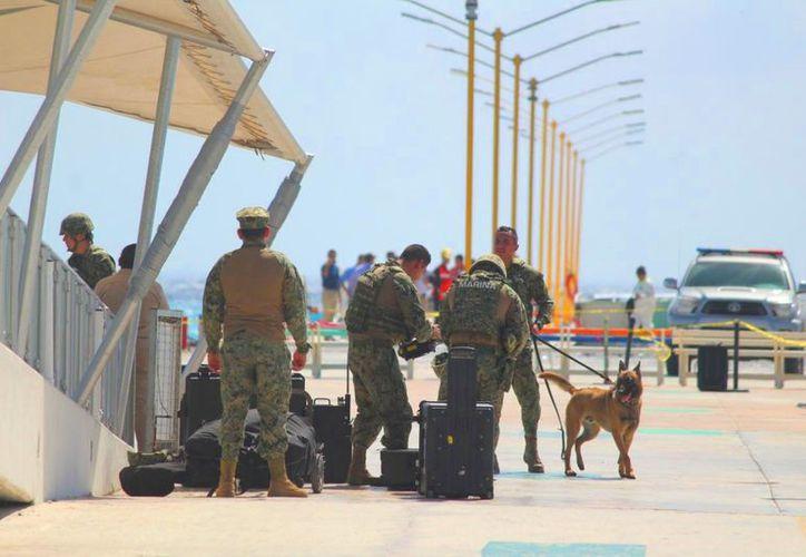 Las autoridades intensificaron la vigilancia en el muelle de Playa del Carmen. (Daniel Pacheco/SIPSE)