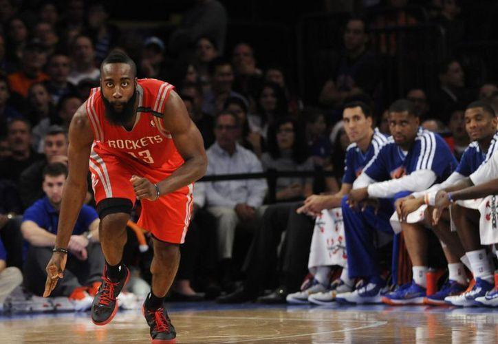 Harden se consolidó como el nuevo jugador franquicia de los Rockets. (Foto: EFE)